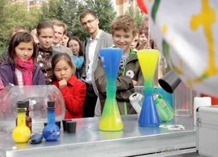 """Научно-познавательное шоу для детей от создателей проекта """"Простая наука"""" http://simplescience.ru"""